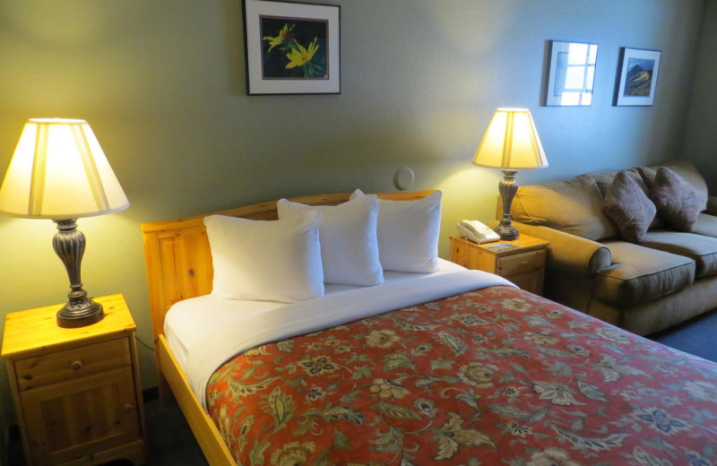 Guest room at Old Town Inn.