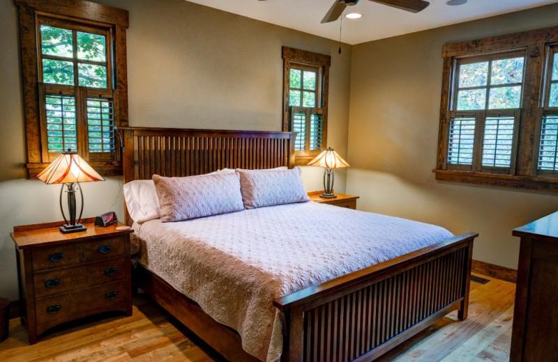 Cabin bedroom at Greybeard Rentals.