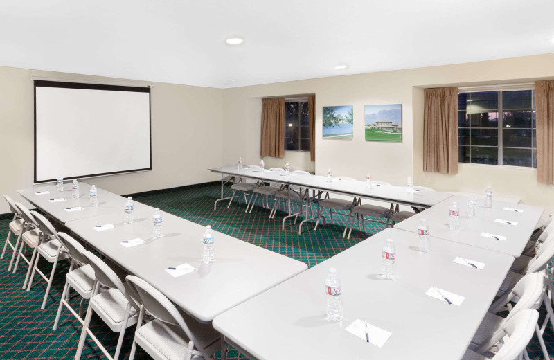 Meeting room at Microtel Inns And Suites Wellton.