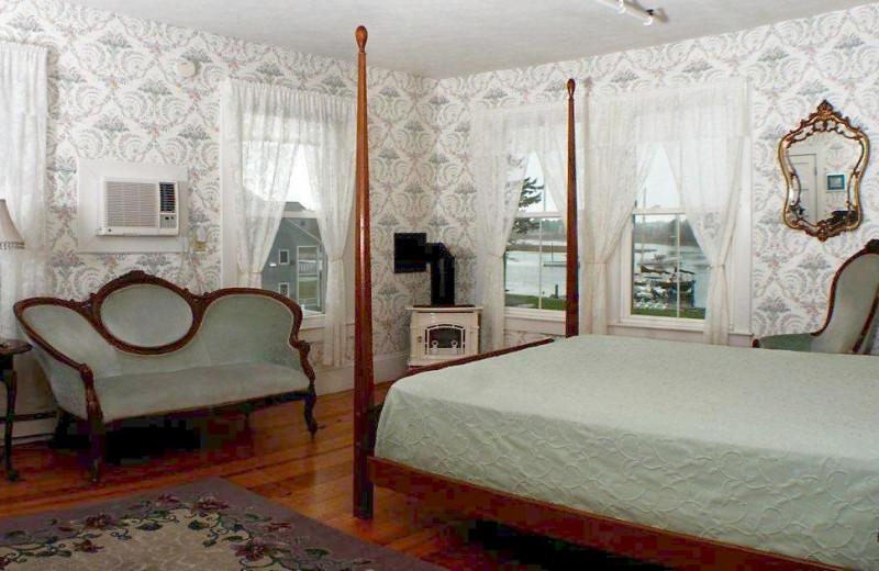 King suite at The Nonantum Resort.