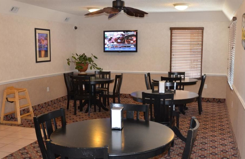 Dining at Magnuson Inn and Suites Gulf Shores.