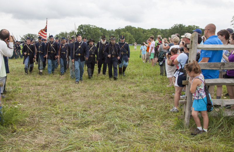 Civil war demonstration at Battlefield Bed & Breakfast.