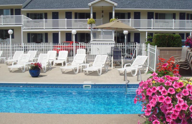Outdoor pool at Footbridge Beach Motel.