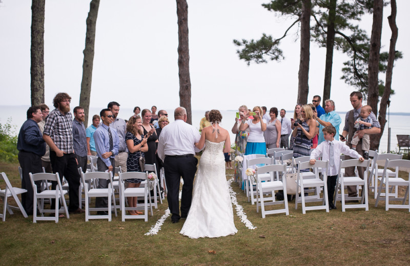Intimate Weddings at Beaver Island Lodge