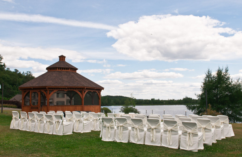 Wedding at Le Manoir du Lac Delage.