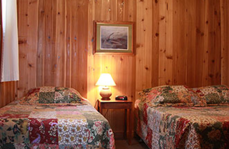 Guest Room at Thunderbird Lodge