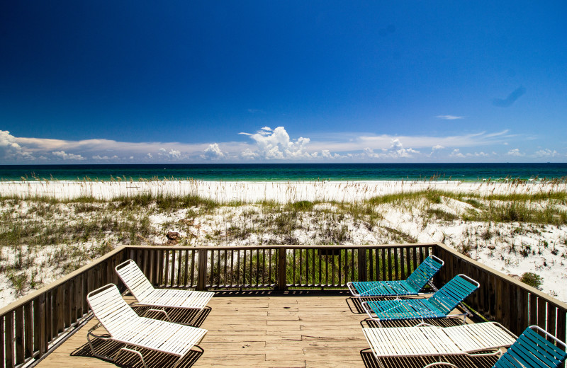 Rental beach view of Paradise Gulf Properties.