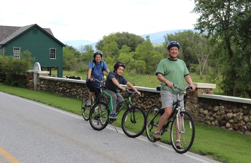 Family biking at Wilburton Inn.