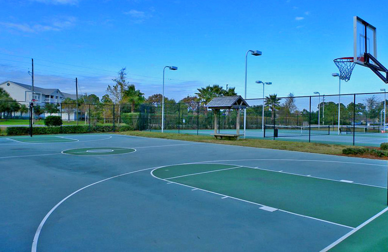 Tennis court at The Palms of Destin Resort & Conference Center.