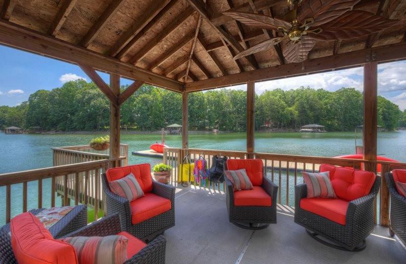 Rental patio at StayLakeNorman Luxury Vacation Rentals.