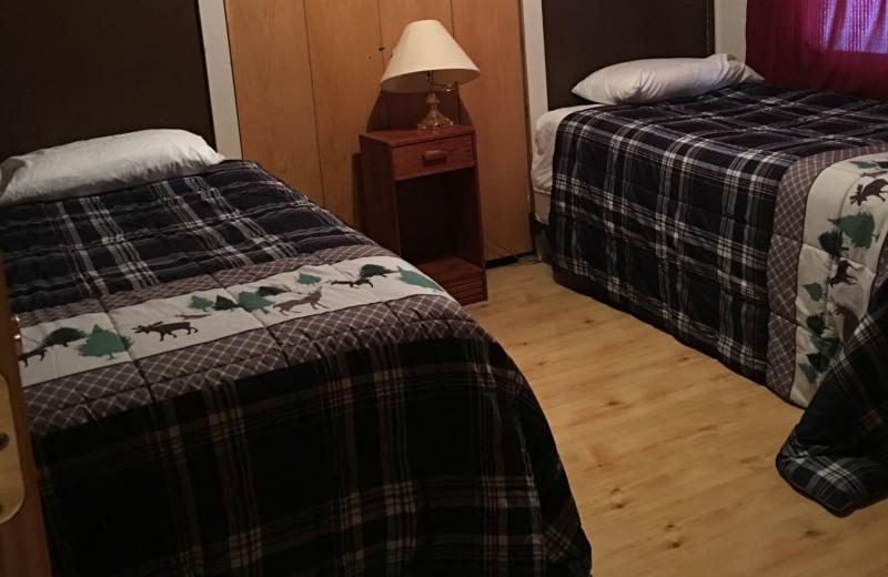 Cabin bedroom at Linder's HideAway Cabins.