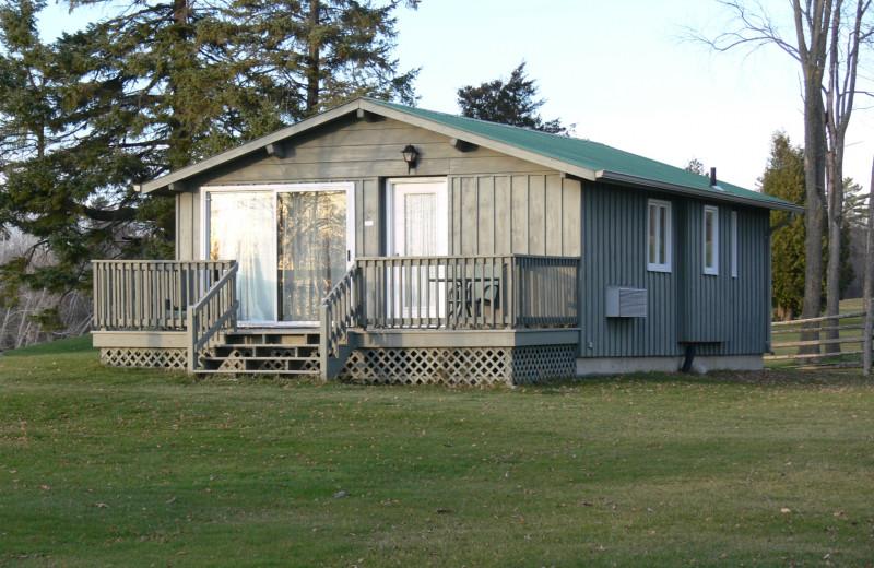 Cottage exterior at Eganridge Resort, Country Club & Spa.