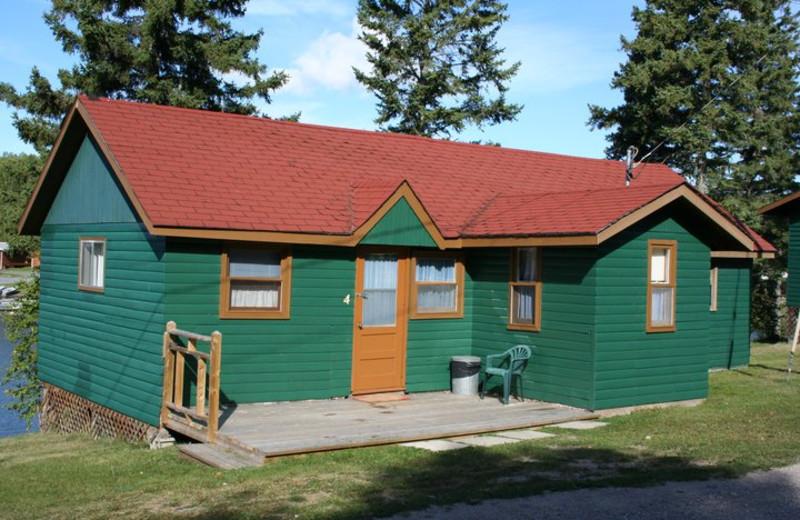 Cabin Exterior at Kingfisher Lodge