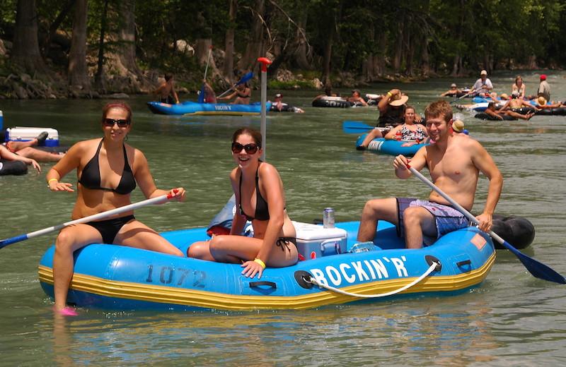 River rafting at River City Resorts.