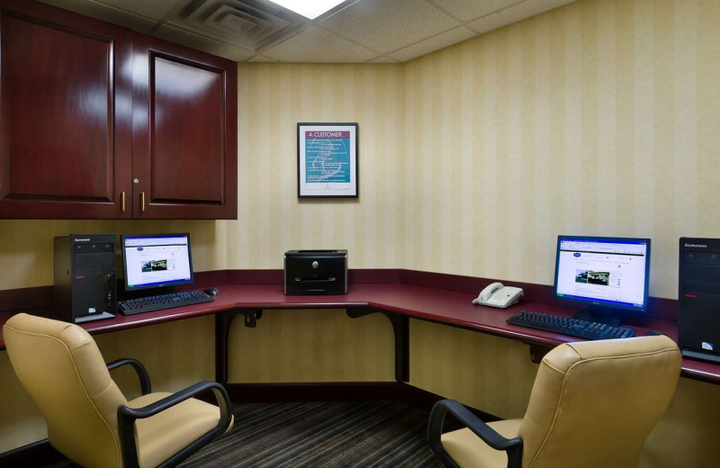 Business center at Hampton Inn Stow.