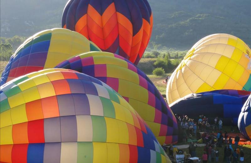 Hot air balloons at Steamboat Vacation Rentals.
