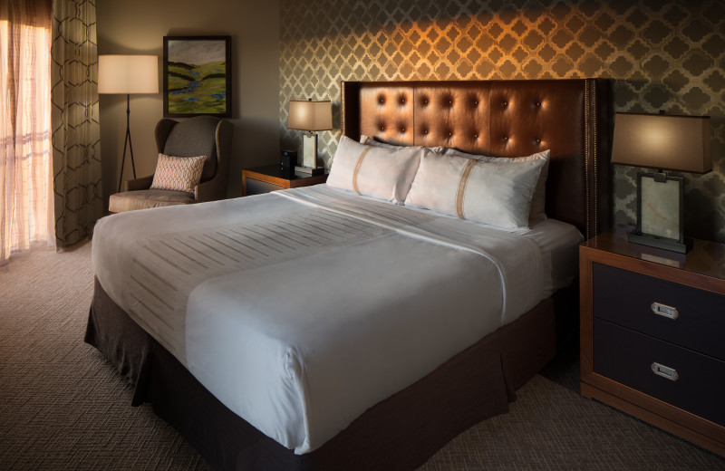 Guest bedroom at La Cantera Resort & Spa.