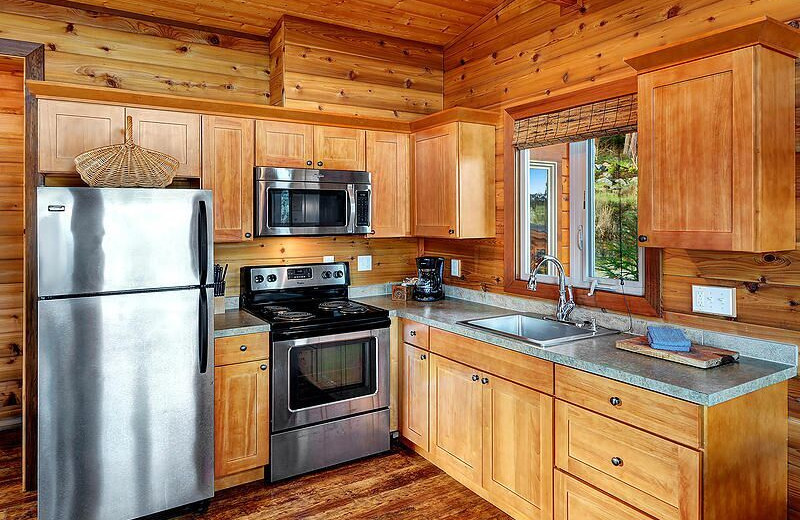 Guest kitchen at Snug Harbor Marina Resort.