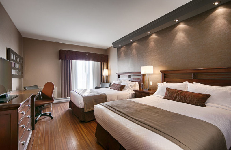 Guest room at Best Western Premier Hotel Aristocrate.
