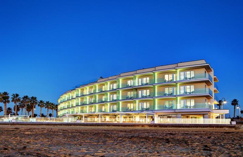 Exterior view of Pier South Resort.