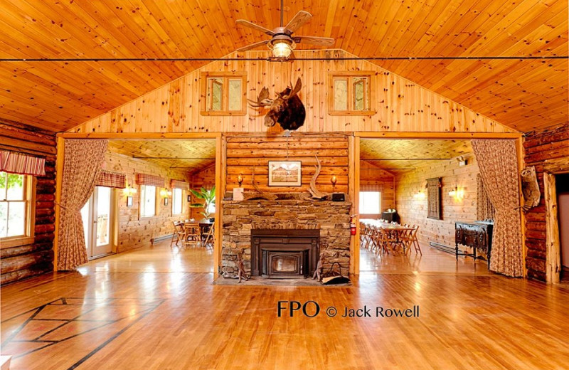 Jackson's Lodge is the destination of choice for destination events, anniversaries, family reunions, weddings, business meetings, public forums, and miscellaneous functions.
