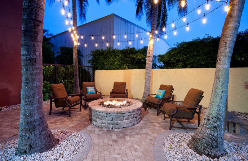 Patio at Staybridge Suites Naples-Gulf Coast.
