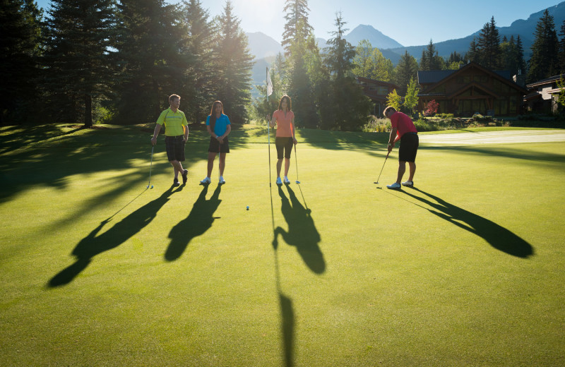 Golf at Sundial Boutique Hotel.