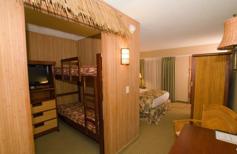Family suite at Maui Sands Resort & Indoor Waterpark.