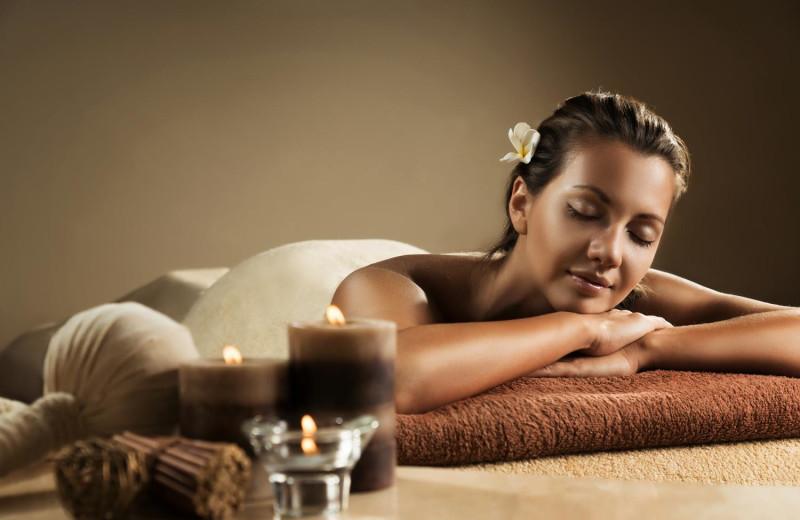 Massage at Del Lago Resort & Casino.