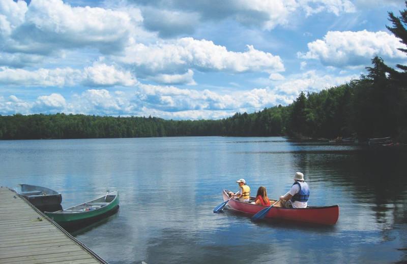 Canoeing at Bonnie Lake Resort.