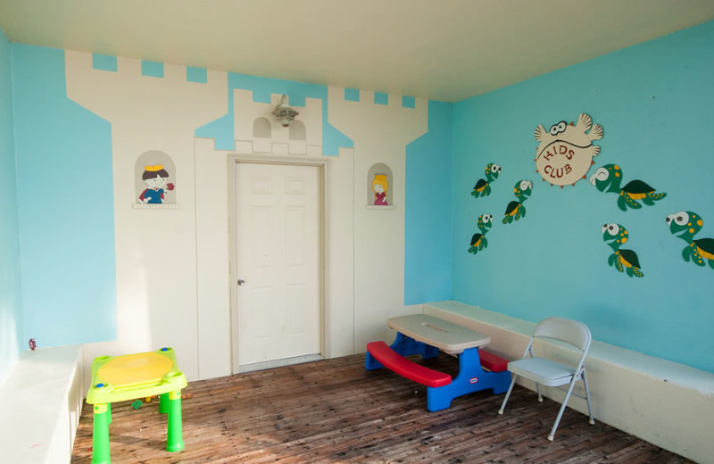 Kid's room at Water's Edge Resort.