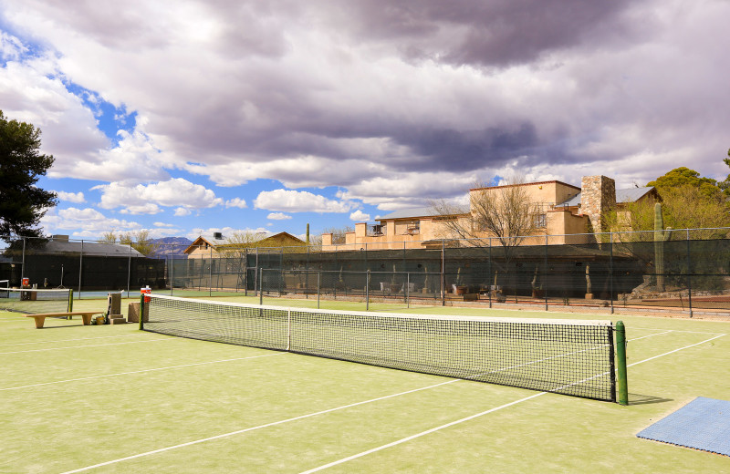 Tennis court at Tanque Verde Ranch.