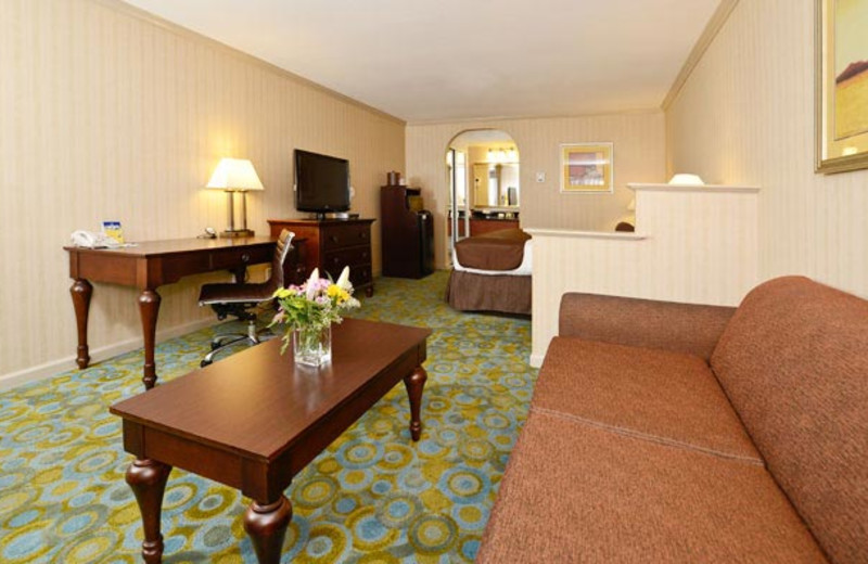 Guest Room at Best Western Plus Executive Suites