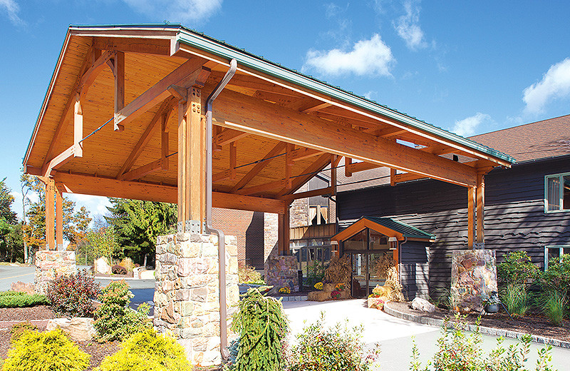 Entrance to Split Rock Resort & Golf Club.