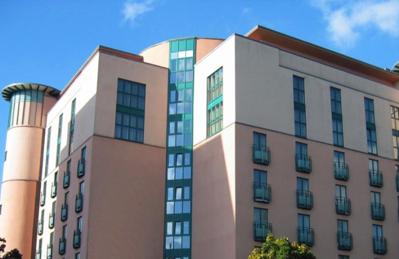 Exterior view of Steigenberger MAXX Hotel Jena.
