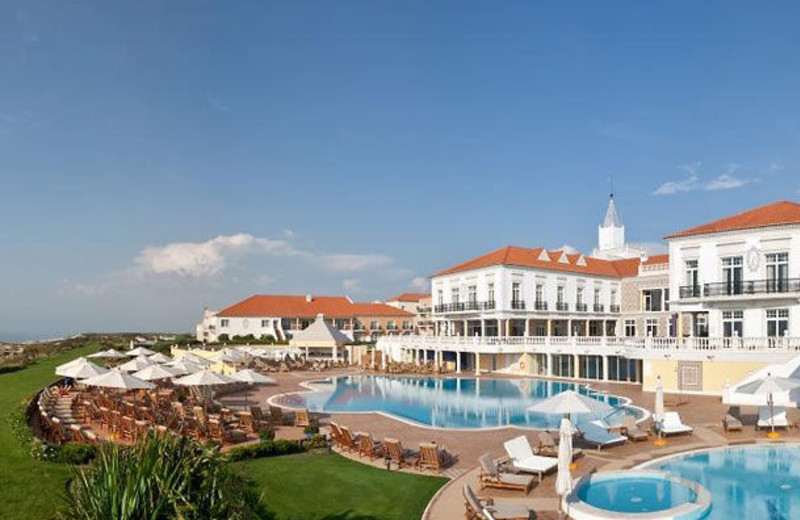 Outdoor pool at Marriott Praia D'el Rey Golf & Beach Resort.