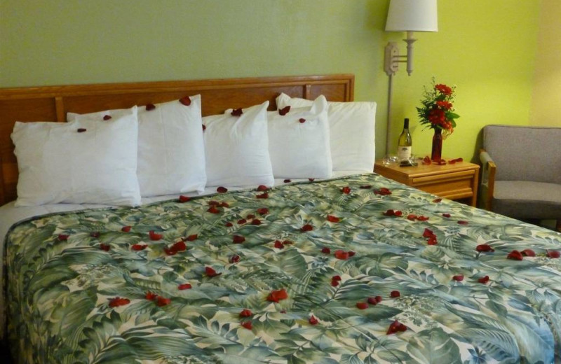 Guest room at Outer Banks Inn.