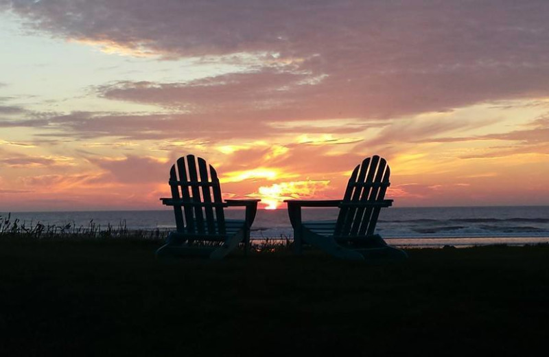 Relaxing at Hi-Tide Ocean Beach Resort.