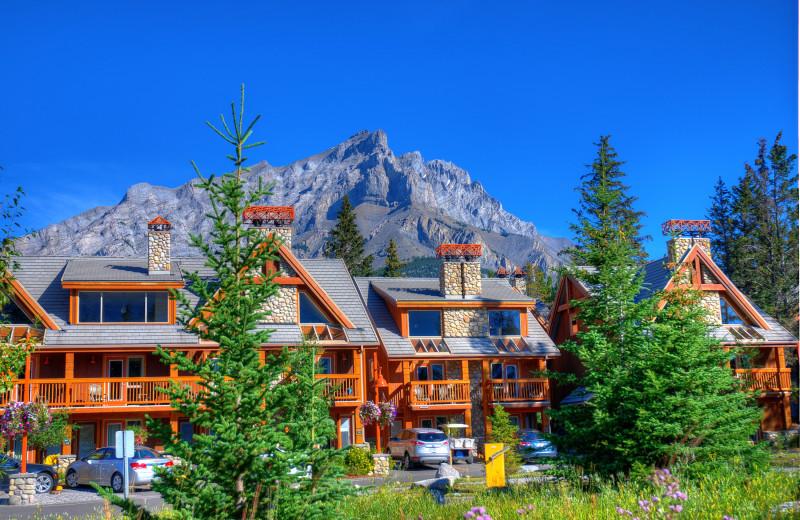Exterior view of Hidden Ridge Resort.