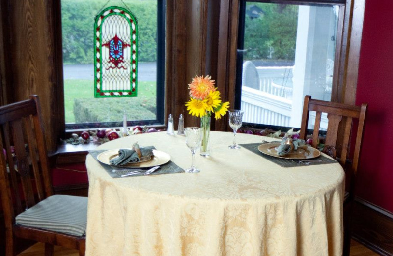 Guest dining at 1840 Inn on the Main Bed and Breakfast.