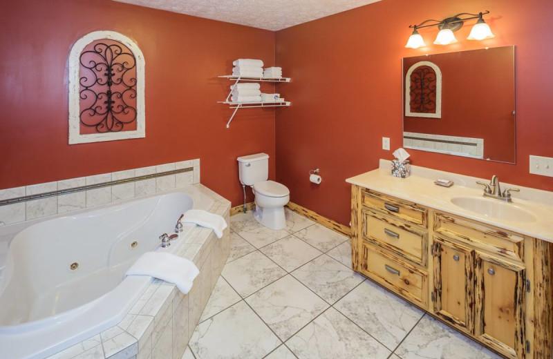Guest bathroom at Sojourner's Lodge