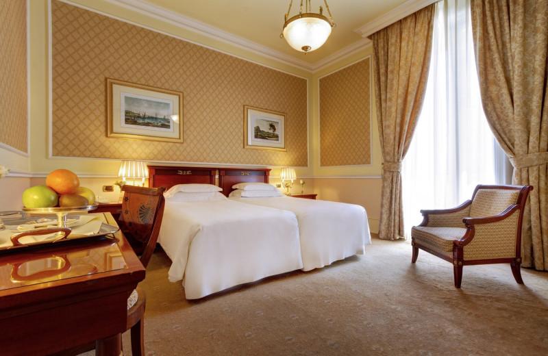 Guest room at Grand Hotel et Des Palmes.