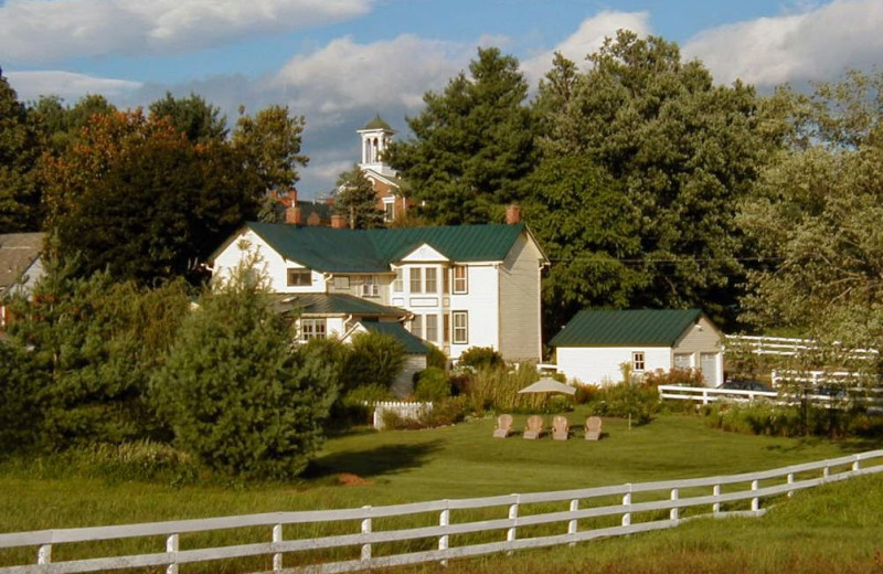 Exterior view of Foster Harris House Bed & Breakfast.