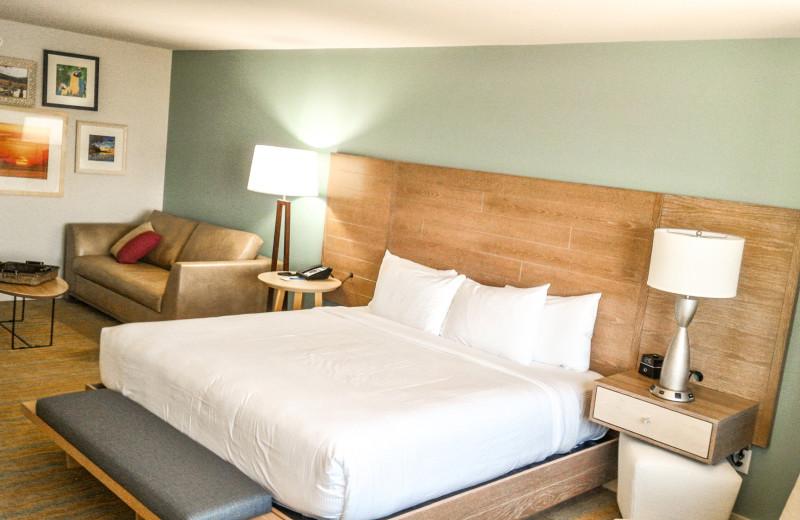 Guest room at Margaritaville Resort Biloxi.