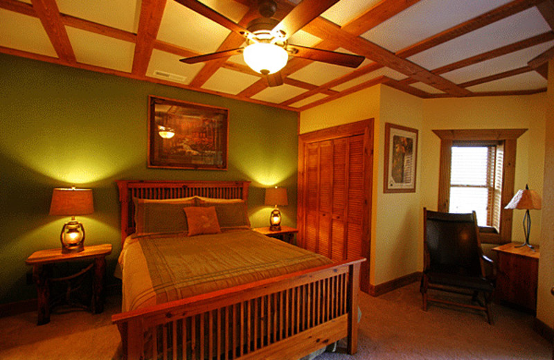 Guest room at Wildberry Lodge.