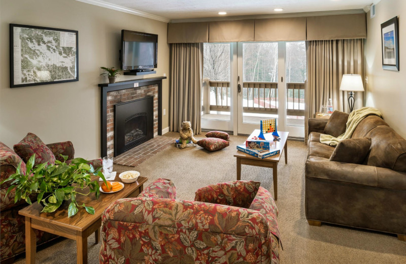 2-Bedroom Signature Suite Living Room at the Summit Resort.