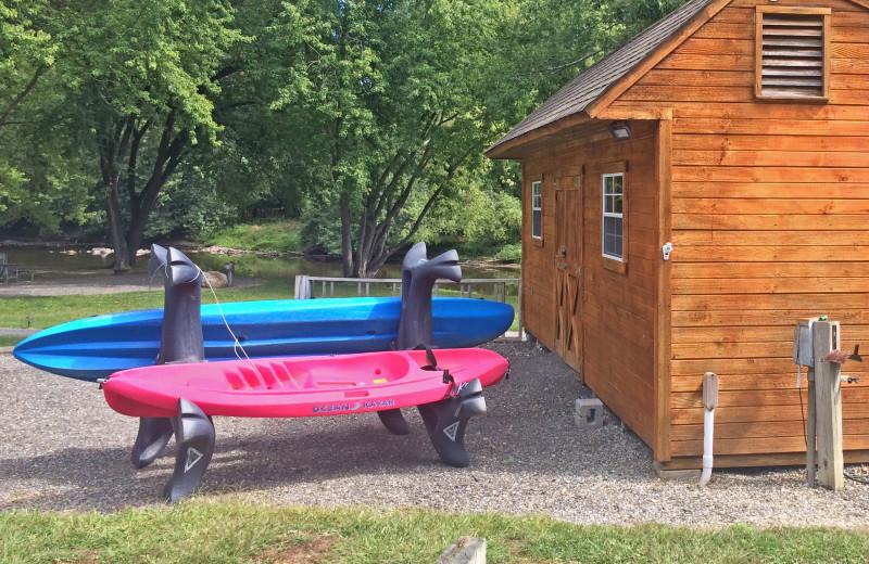 Kayak rentals at Yogi Bear's Jellystone Park Gardiner.
