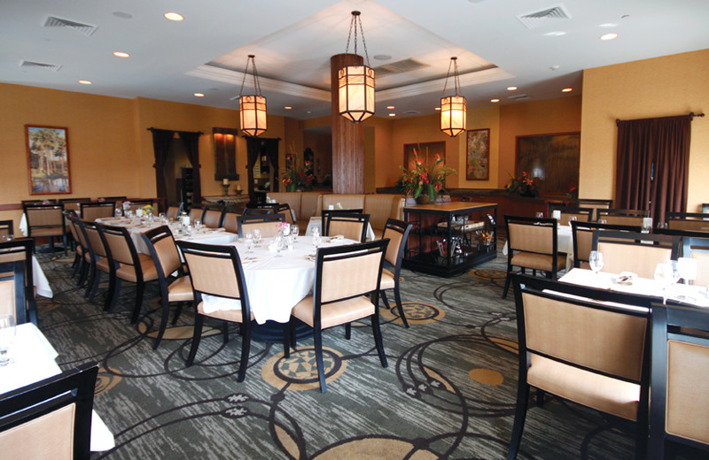 Dining room at Hilton Suites Ocean City Oceanfront.