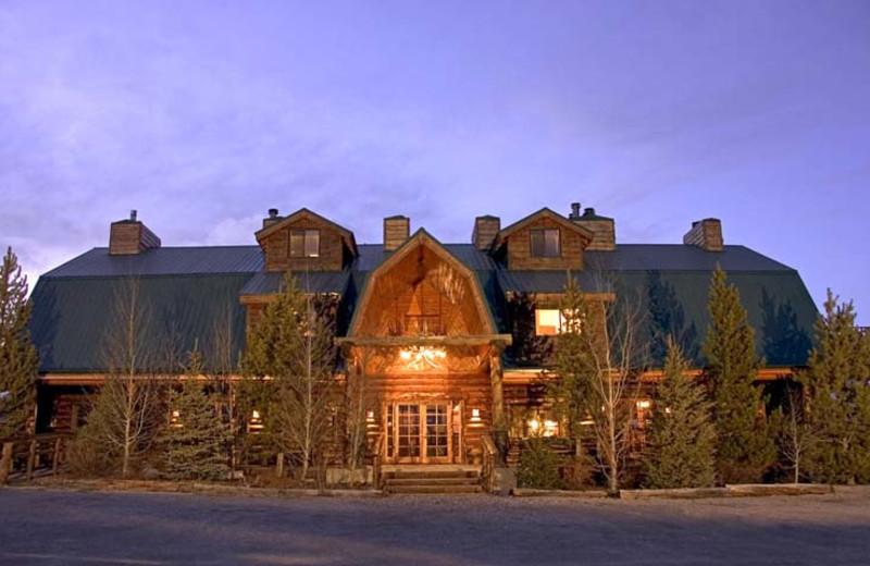 Exterior view of Bar N Ranch.