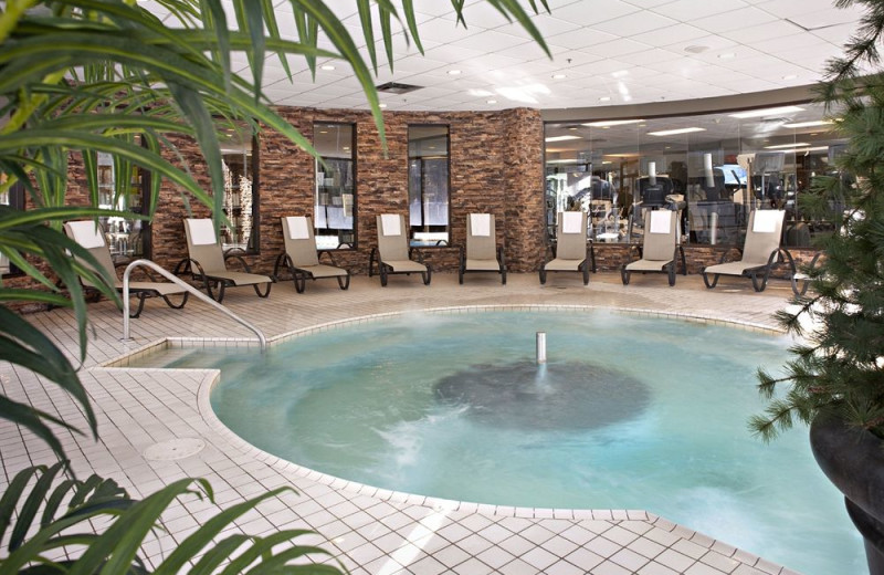 Hot tub at Delta Lodge at Kananaskis.